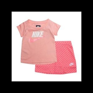 Girl's Nike skort outfit NWT 24 months